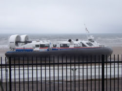 Trial run of hovercraft between Portobello & Kirkcaldy, July 2007'